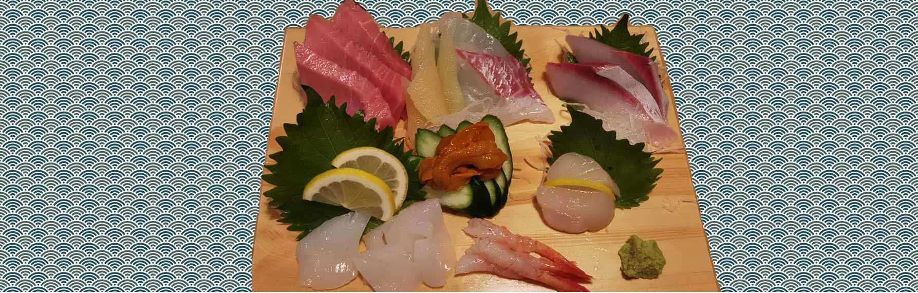 liste de plats typiques japonais : sushi et sashimi
