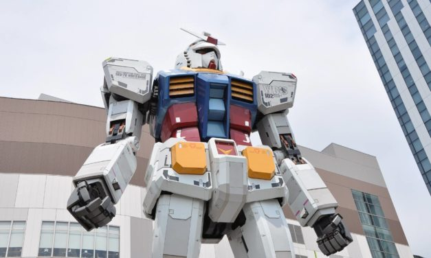 Gundam géant à Tokyo